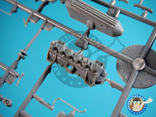 Image 8: Gotha UWD | Model kit in 1/32 scale manufactured by Wingnut Wings (ref. 32053)
