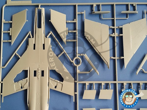 Image 5: F-4D Phantom II Super Wings Series No.7 | Airplane kit in 1/48 scale manufactured by Zoukei-Mura (ref. SWS48-07)