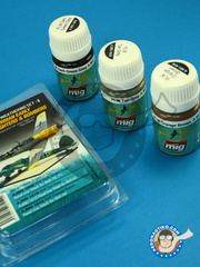 AMMO of Mig Jimenez: Air Weathering Set - Air Weathering Set German Early WWII Fighters and Bombers - Achmer, early summer 1943. (DE2) - 3 panel line wash, 1 Orange Brown, 1 Tan Grey, 1 Dark Green - for all kits or aftermarket sets for Luftwaffe fighters and bombers.