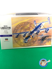 Hasegawa: Airplane kit 1/72 scale - Consolidated B-24 Liberator J - plastic model kit