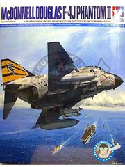 Tamiya: Airplane kit 1/32 scale - McDonnell Douglas F-4 Phantom II J -  (US0) 1960 - plastic parts, rubber parts, water slide decals, white metal parts and assembly instructions