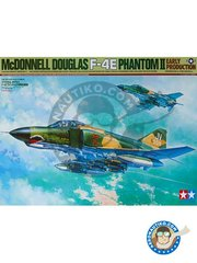 Tamiya: Airplane kit 1/32 scale - McDonnell Douglas F-4E Phantom II Early Production -  (US0) - plastic parts, rubber parts, water slide decals, white metal parts and assembly instructions