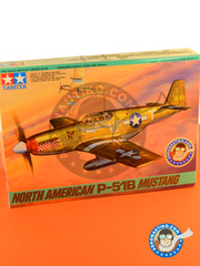 Tamiya: Airplane kit 1/48 scale - North American P-51 Mustang B - USAF (US7) - USAF - plastic parts, water slide decals and assembly instructions image